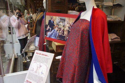 Schaufenster 50 Jahre Baltzer Moden Marburg